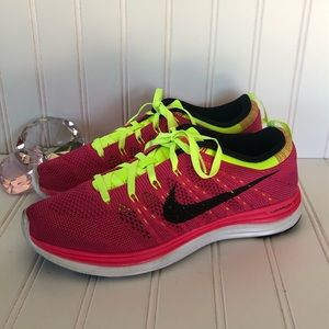 Nike flyknit One Running Show Hot Pink